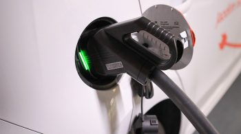 Local-storage-with-EV-fast-and-ultra-fast-charging